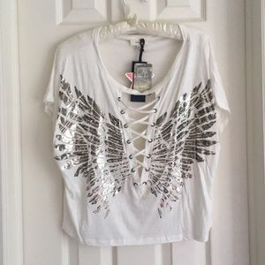 NWT! Cropped Graphic Lace-Up Wings Tshirt